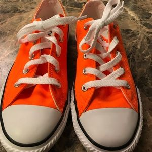 Chuck Taylor All Star Low-Top Sneakers Orange